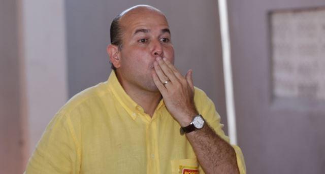 Reeleição de Roberto Cláudio impulsiona campanha de Ciro Gomes à presidência