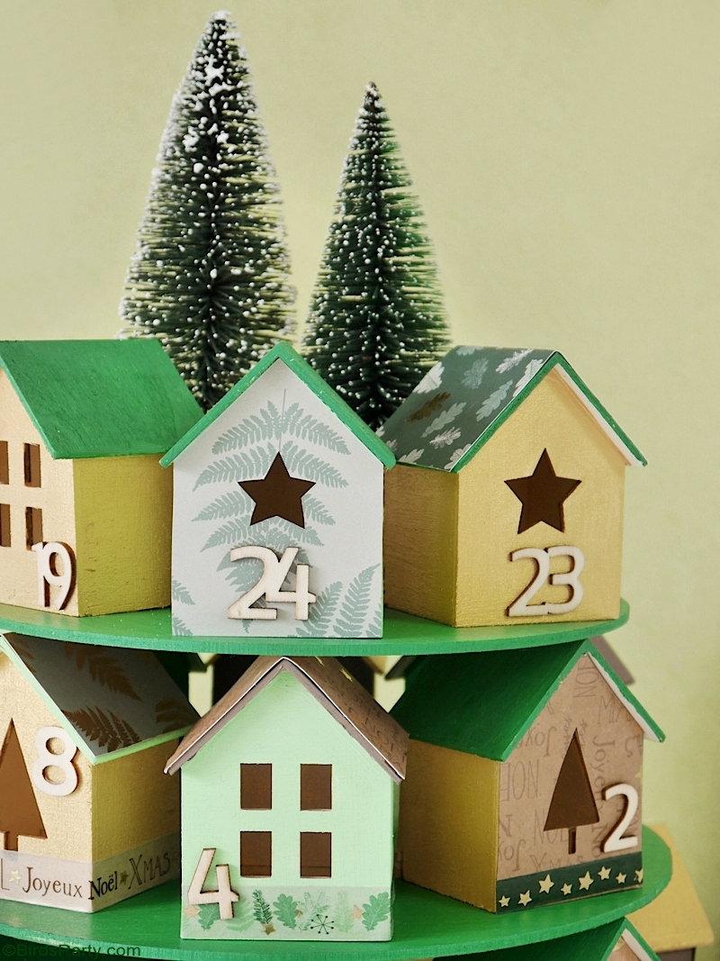 Calendrier de l'Avent DIY Christmas Village - idées de bricolage faciles, peu coûteuses et super jolies à faire avec les enfants pour Noël!