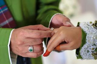 Tips Buat Pasangan Bertunang Untuk Kekal Bahagia Hingga Ke Alam Perkahwinan