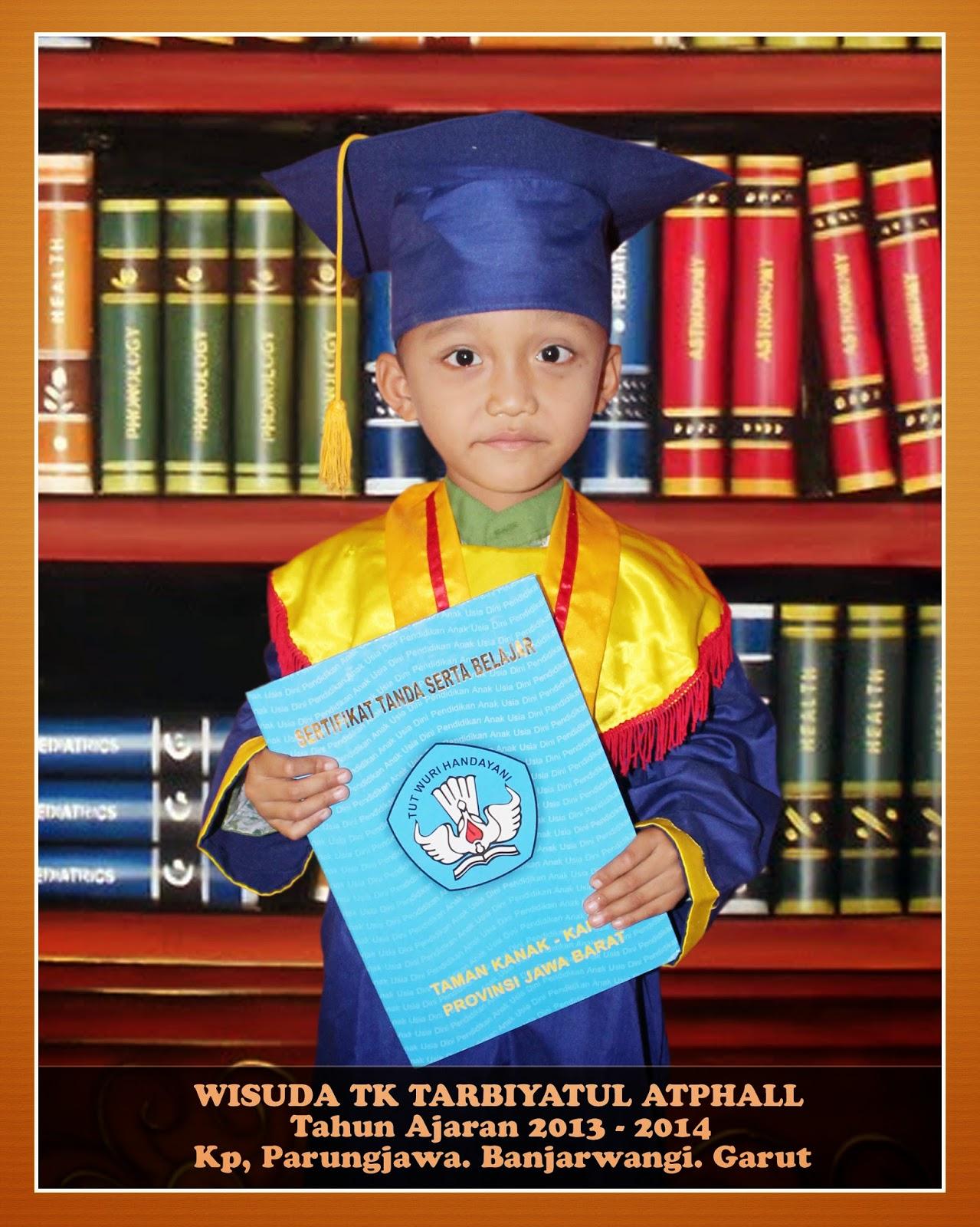 Unduh 77 Background Wisuda Anak Gratis