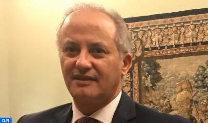 """كوفيد-19 :تدابير سفارة المملكة بإيطاليا """"تعكس العناية الخاصة لصاحب الجلالة بأوضاع الجالية المغربية"""" (سفير)"""