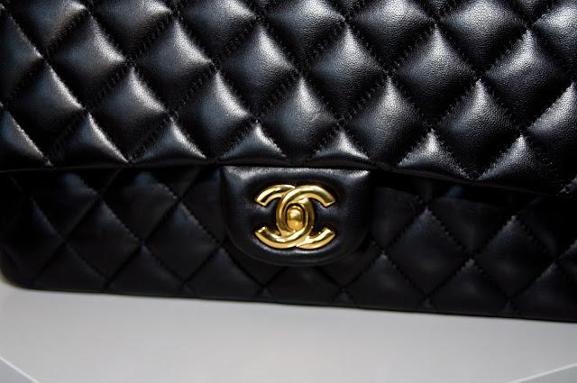zapięcie torebki Chanel podwójne CC