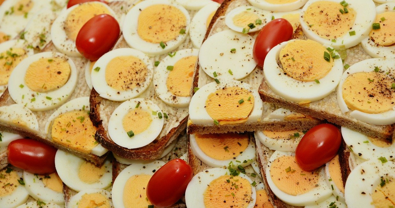 Eggs Top 6 Strong Hair Growth in 2021-Healthy Biotin Tips