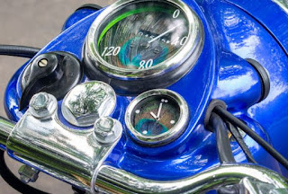 Royal Enfield Bullet with clock in nacelle.