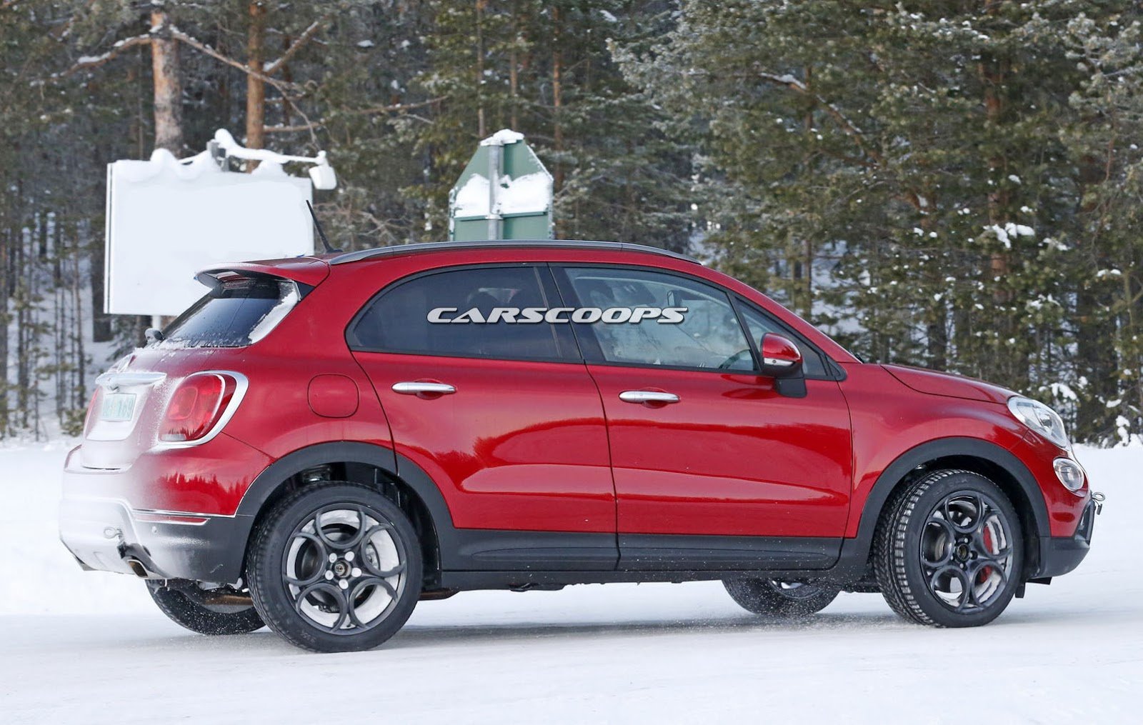 fiat rolls out abarth 500x prototype carscoops. Black Bedroom Furniture Sets. Home Design Ideas