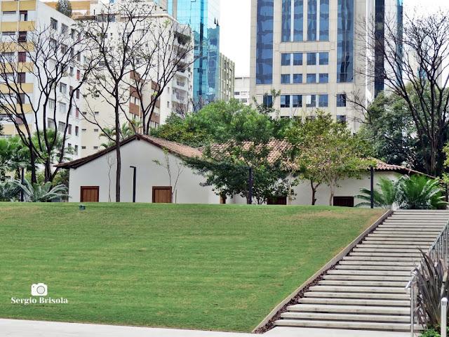 Vista ampla da Casa Bandeirista do Itaim - Itaim Bibi - São Paulo
