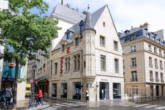 Paris : Hôtel Hérouet, histoire de reconstruction et de préservation autour d'un vestige Renaissance à l'angle de la rue des Francs-Bourgeois et de la rue Vieille-du-Temple - IIIème