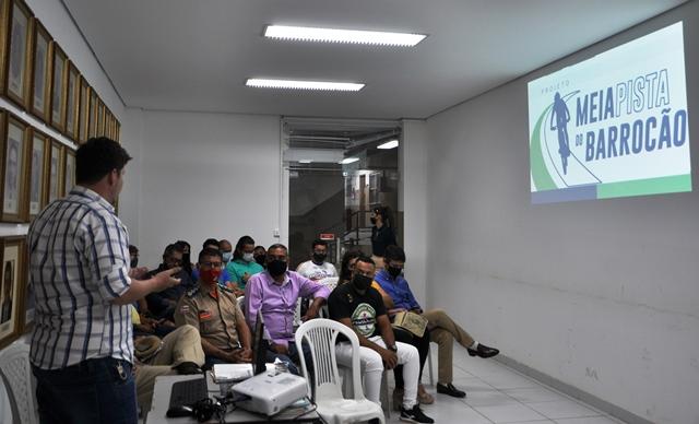 Projeto Meia Pista Barrocão é apresentado aos grupos de ciclistas de Barreiras