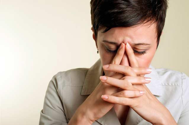 Síntomas de ansiedad: blanqueamiento, blanqueado, aspecto pálido