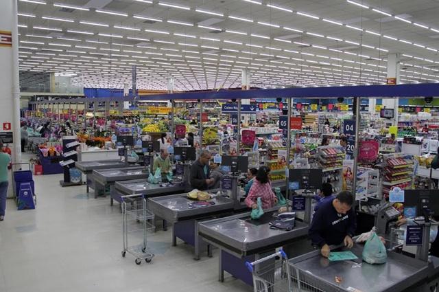 Rede de supermercado economiza R$ 3 milhões em energia elétrica