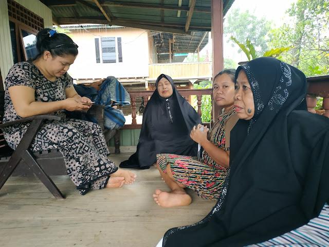 Ini Pengakuan Emak-emak di Soppeng Sampai Mencoblos Calon DPD Andi Muh Ihsan