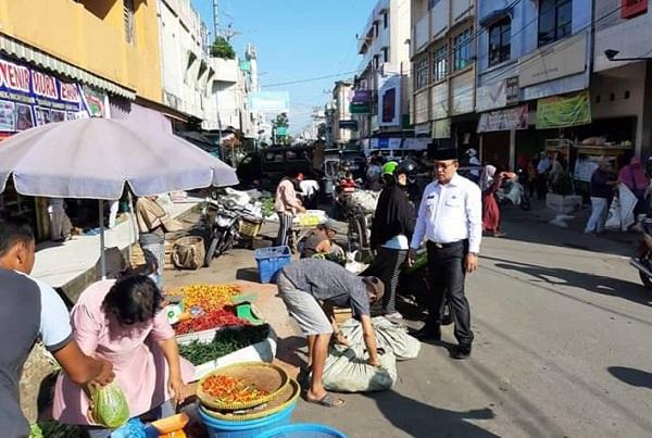 Wabup Muara Enim Melakukan Sidak ke Pasar Tumpah