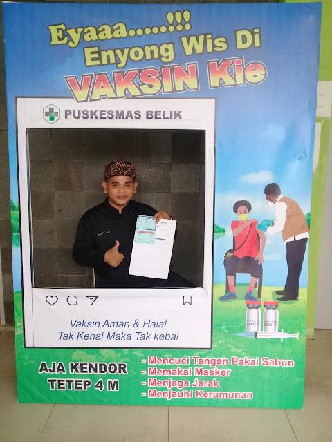 Kepala Sekolah SMK Muhammadiyah Belik Mengikuti Vaksinasi
