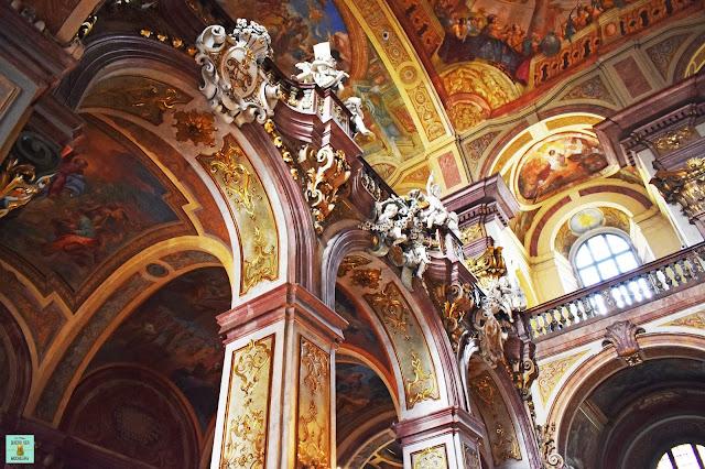 Interior iglesia del Santo Nombre de Jesús en Wroclaw