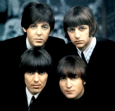 Foto de The Beatles con flequillos