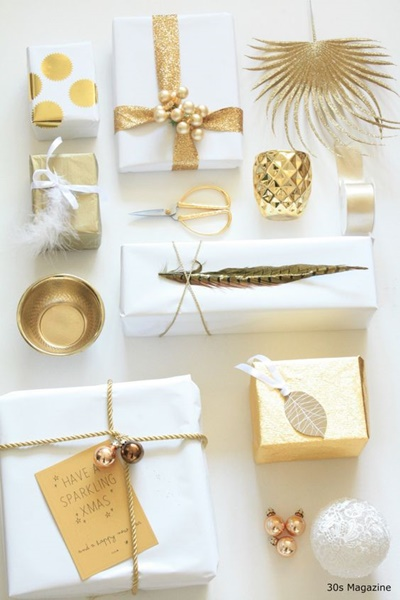 golden giftwrapping