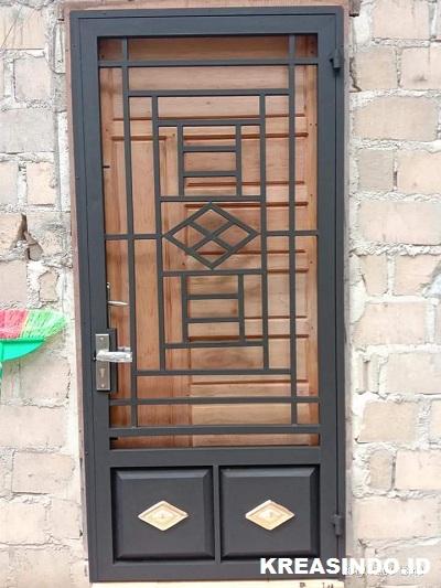 Ini Dia 10 Lebih Model Pintu Kawat Nyamuk Besi Bisa Buat Referensi untuk Rumah Anda