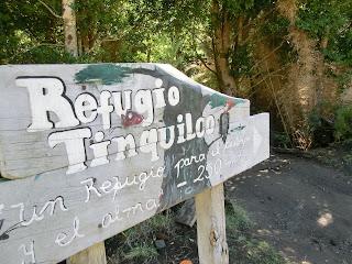 REFUGIO TINQUILCO: UNA CABAÑA JUNTO AL LAGO