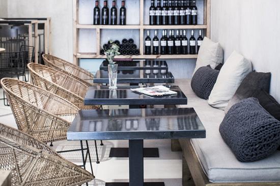 Desain interior restaurant bergaya scandinavia