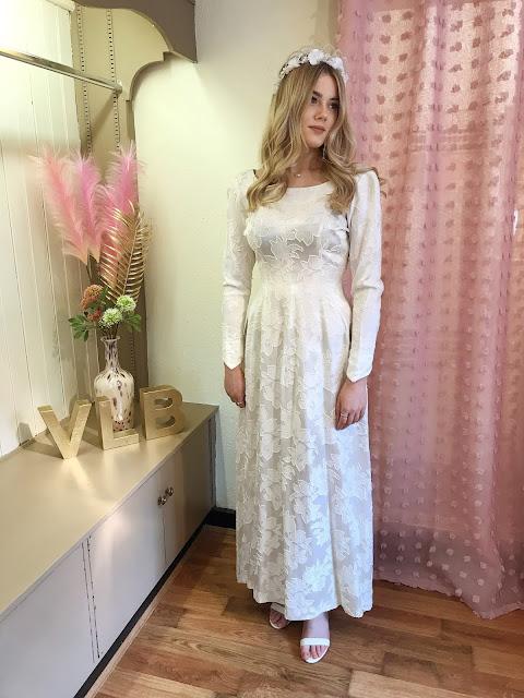 1950's brocade long sleeve wedding dress