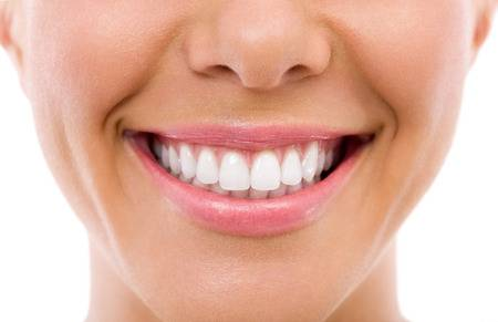 Mulut ialah terusan pertama sebagai masuknya asupan masakan dan gizi yang kau konsumsi s Cara Menjaga Kesehatan Gigi Dan Mulut Secara Alami