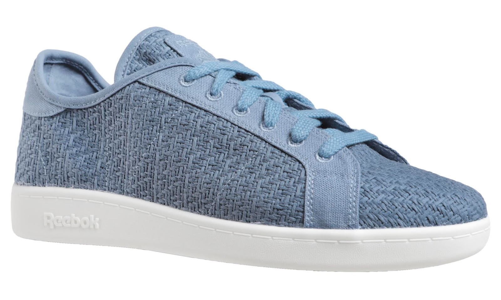 Modelo azul de zapatillas Reebok Cotton Corn