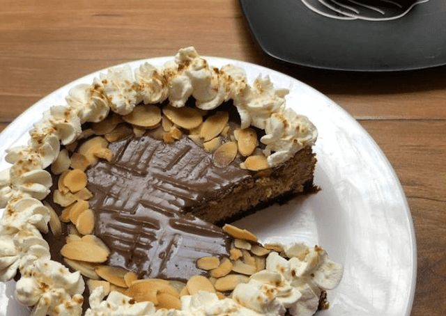 Almond butter cup cheesecake