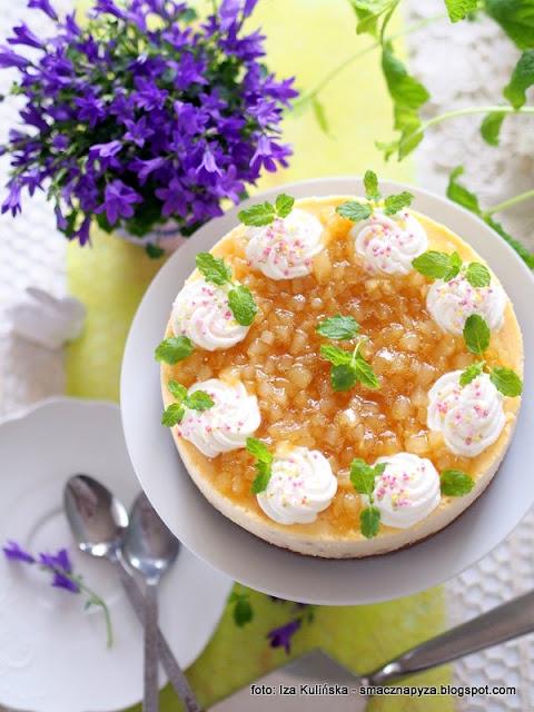 serniczek gruszkowy, wielkanocne ciasto, sernik na wielkanoc, owocowy sernik, karmelizowane gruszki