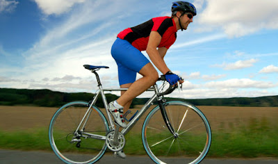 cycling,outdoor cycling workout,sports cycles