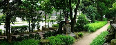 日比谷公園のホセリサール像