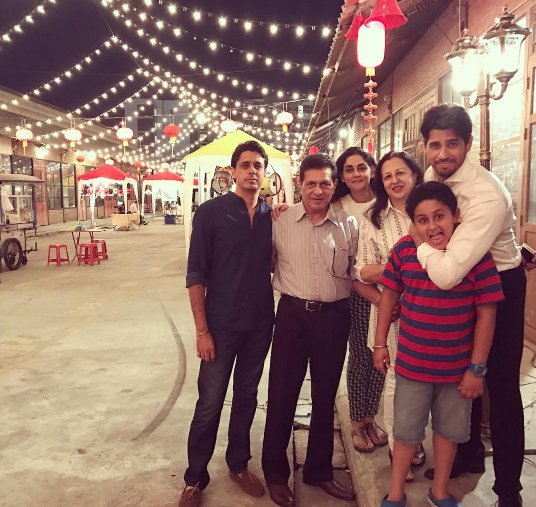 Siddharth Malhotra with his family at Bangkok