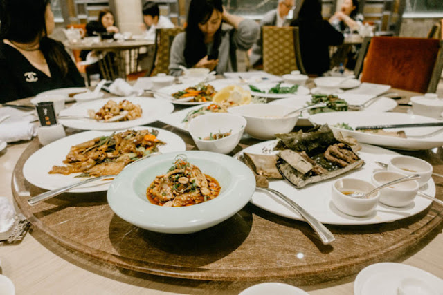 There are 9 high-end restaurants with Chinese dishes