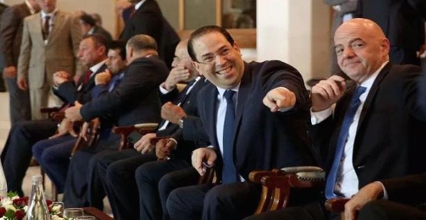 """رئيس الحكومة التونسية يتحدى قرار """"الكاف"""" ويفاجئ العالم بهذا التصريح!!"""