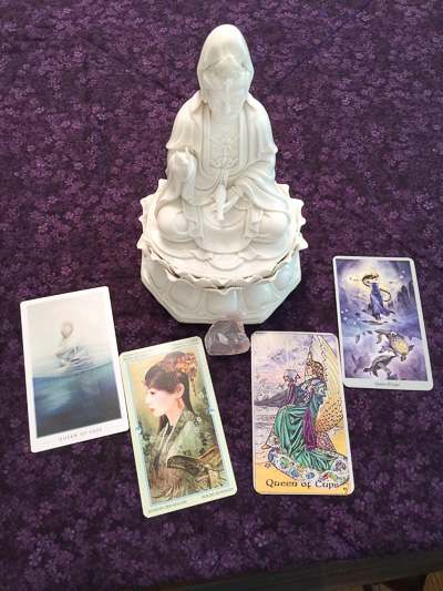 Kuan-Yin-with-Queen-of-Cups-Mother-Tarot