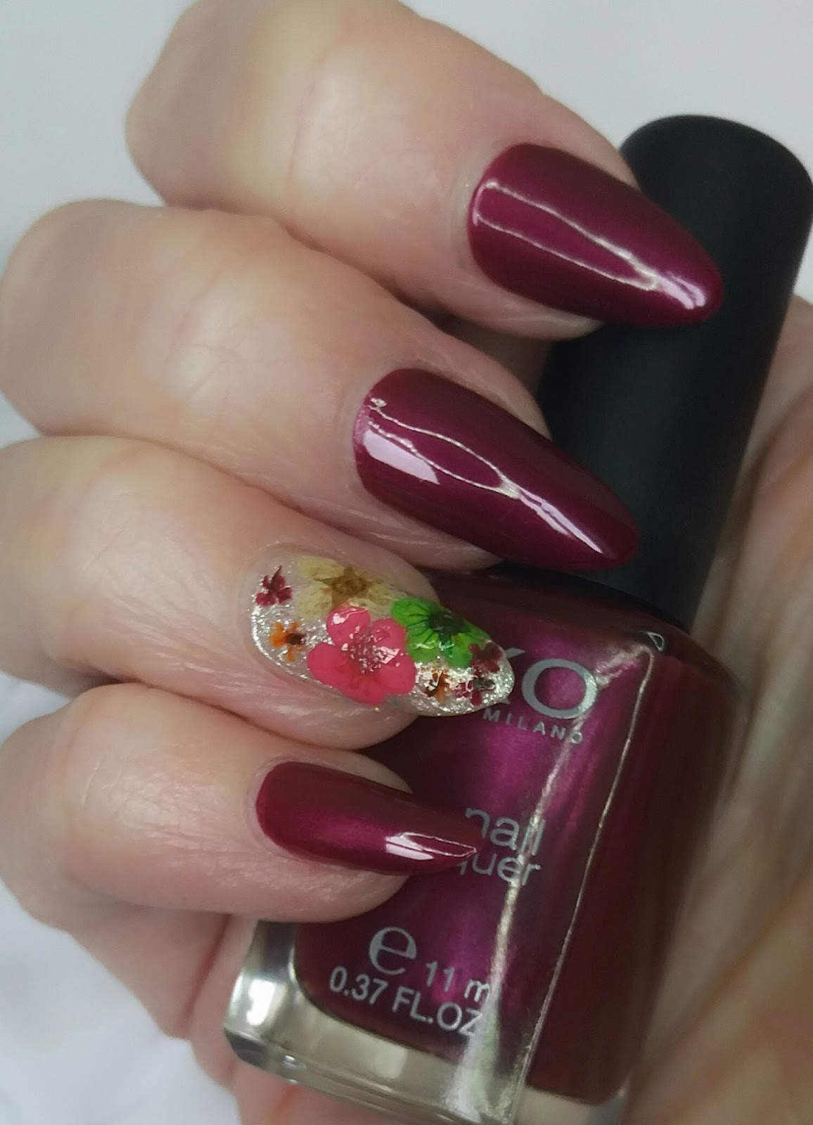 Bite No More: Floral Nails