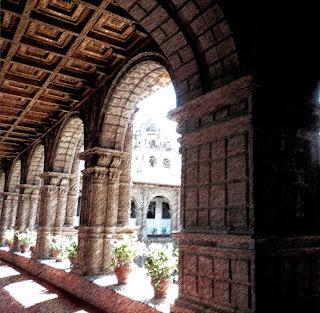 Arcadas e Teto Mudéjar, Convento de la Merced, Cusco