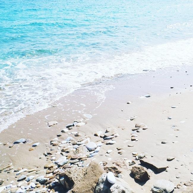 Jelena Zivanovic Instagram @lelazivanovic.Glam fab week.Paros island beaches.