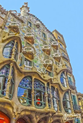 Things to do in Barcelona, featuring the architecture wonders by Gaudi