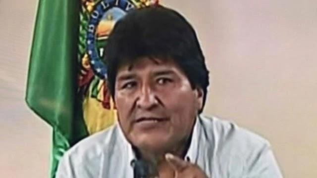 Evo Morales confirmou nesta segunda-feira que está deixando seu país rumo ao México, que lhe concedeu asilo político.