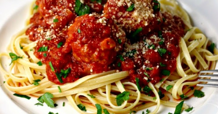 Slow Cooker Turkey Meatballs and Tomato Sauce