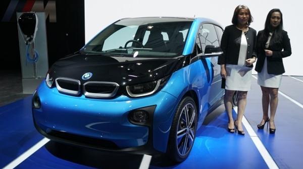 Begini Wujud Mobil Listrik BMW i3 yang Diperkenalkan di GIIAS 2017