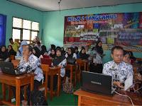 Guru MTsN 2 Tanggamus Ikuti Sosialisasi Aplikasi Raport Digital