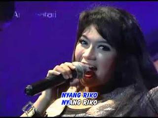 Lirik Lagu Dan Kunci Gitar Edan Turun - Ratna Antika Monata
