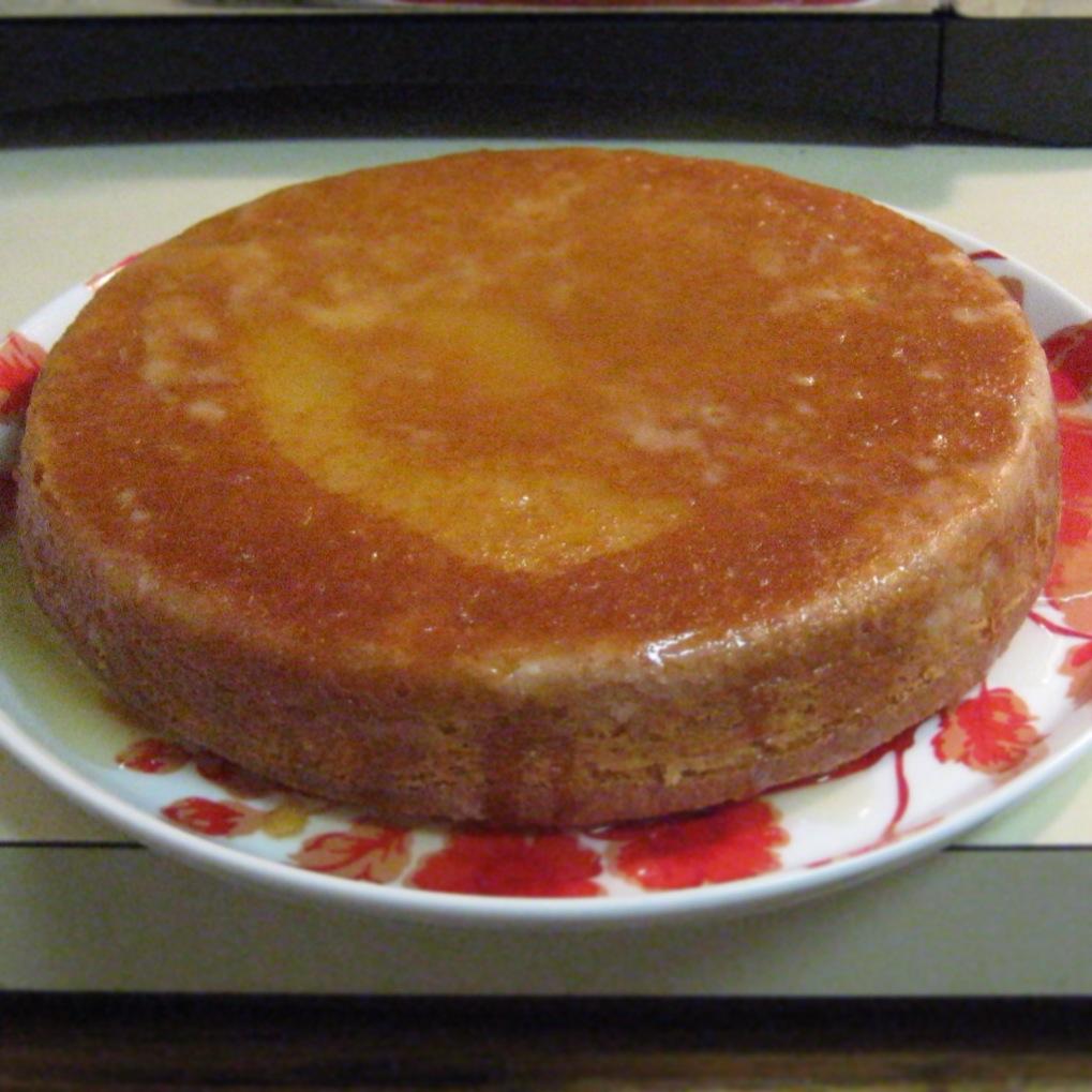 EmilyCanBake: Homemade Rum Cake