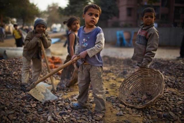 घुमंतू बच्चों तथा बाल श्रमिकों की पारिवारिक स्थिति में सुधार लाने के लिए बनाए जाएंगे बीपीएल कार्ड: डीसी धर्मेंद्र सिंह