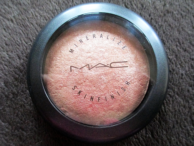 MAC Mineralize Skinfinish Highlighter in Soft&Gentle Review!