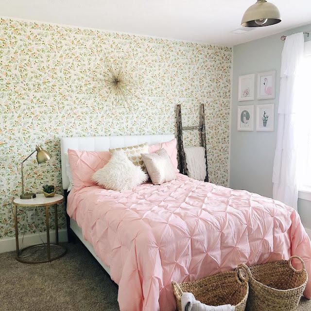 Stiker Wallpaper Dinding Kamar Tidur Minimalis Modern