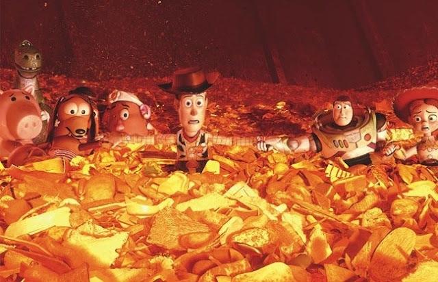 玩具組動員3中,焚化爐裡的狀況