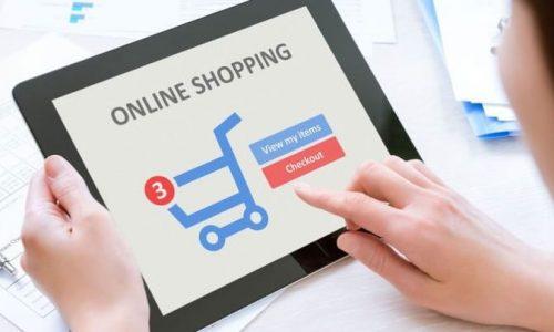 Δωρεάν θα είναι τα μηνύματα για τους καταστηματάρχες που δεν έχουν ηλεκτρονικό κατάστημα, μέσω της πλατφόρμας e-katanalotis της γενικής γραμματείας Εμπορίου και Προστασίας Καταναλωτή. Αυτό ανακοίνωσε ο γενικός γραμματέας Εμπορίου και Προστασίας Καταναλωτή Παναγιώτης Σταμπουλίδης σε συνέντευξή του στο Open, εξηγώντας τη λειτουργία της παραγγελίας μέσω click away. Ο κ. Σταμπουλίδης είπε ότι οι επιχειρήσεις που δεν έχουν ηλεκτρονικό κατάστημα θα μπορούν να χρησιμοποιούν την ψηφιακή πλατφόρμα e-katanalotis του υπουργείου Ανάπτυξης και Επενδύσεων για να ενημερώνουν τους καταναλωτές για τις παραγγελίες μέσω click away.