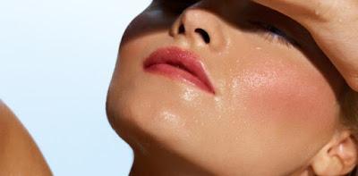 Setiap orang menginginkan wajah yang higienis 6 Cara Efektif Mengatasi Minyak Berlebih Pada Wajah